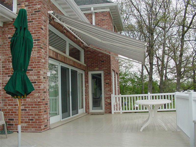 retractable-awning-side--view